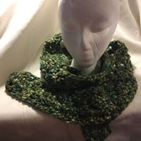 Green wool mix lacy scarf
