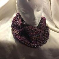 Infinity scarf - maroons